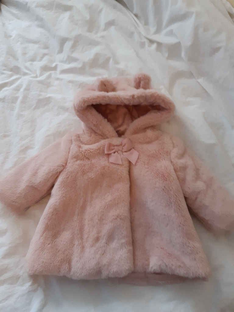 Baby girl fur coat up to 3mnths