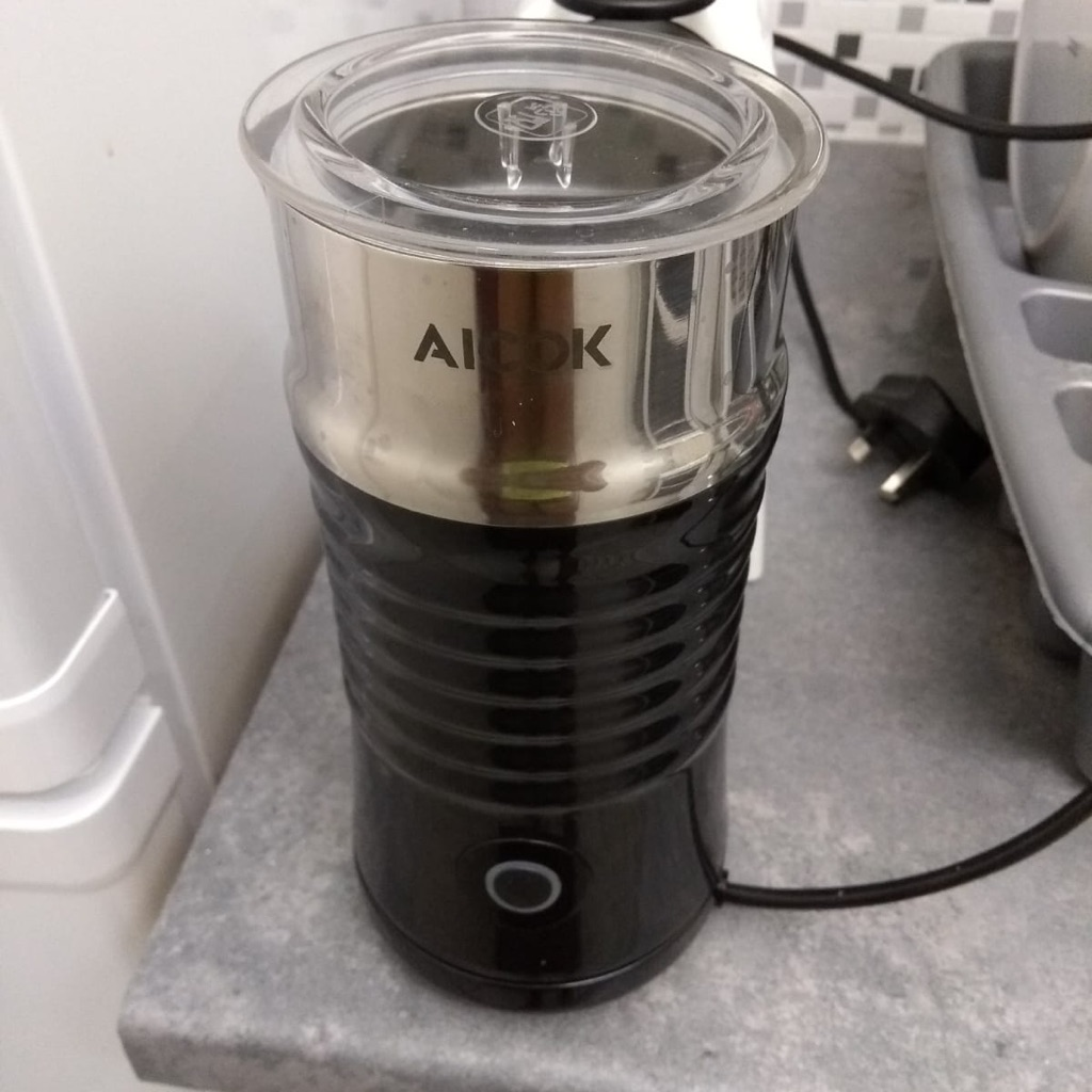 Aiock milk frother