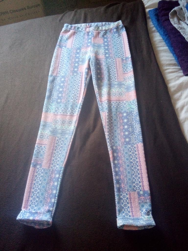 Size 8 boohoo leggings