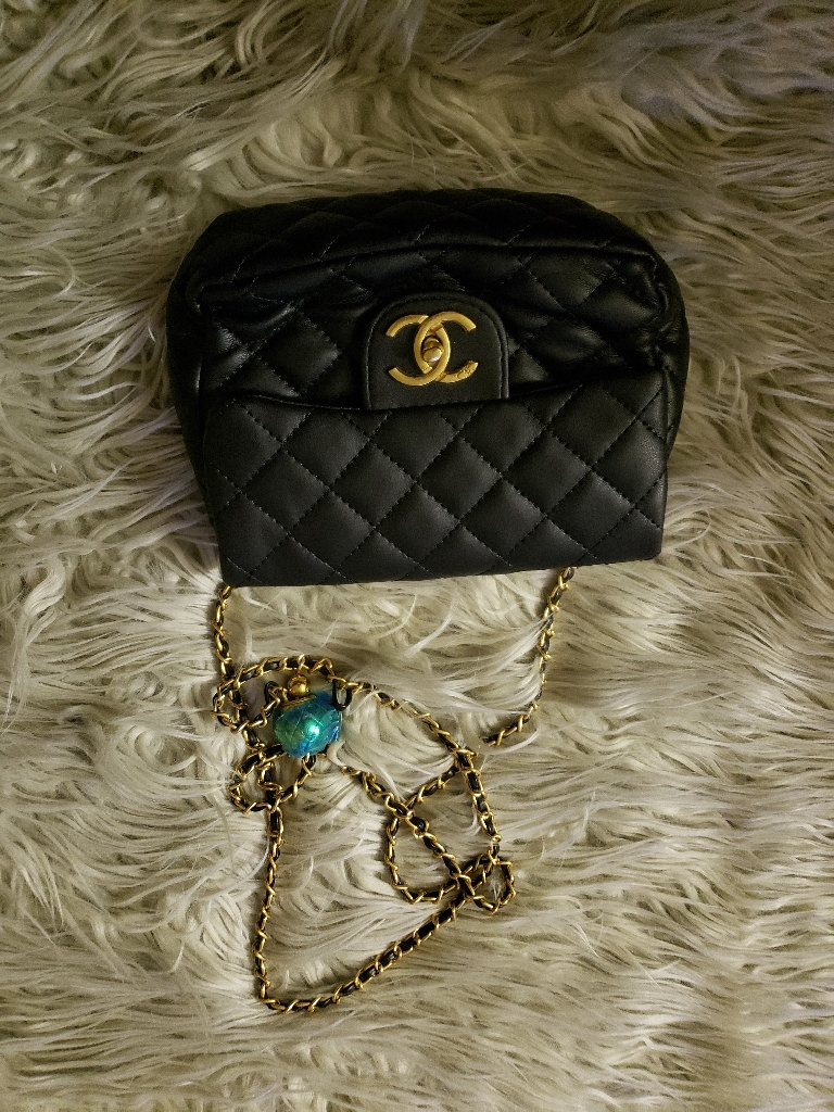 Crossbody Chanel bag