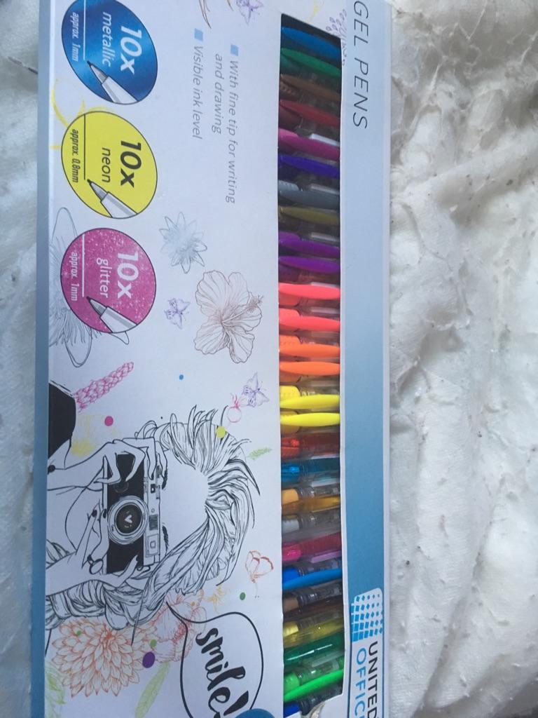 30 brand new gel pens