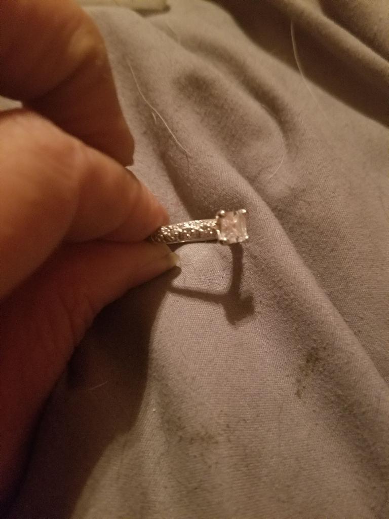 Stunning 925 sterling princess cut enchantment ring