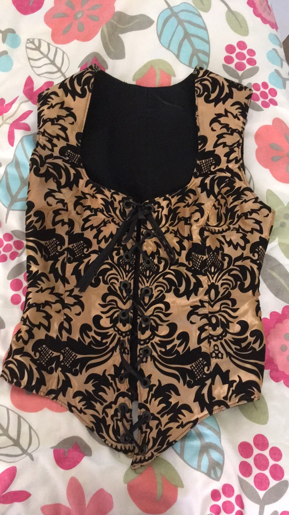 Beautiful lined waistcoat (bust 35 inch/waist 27inches)