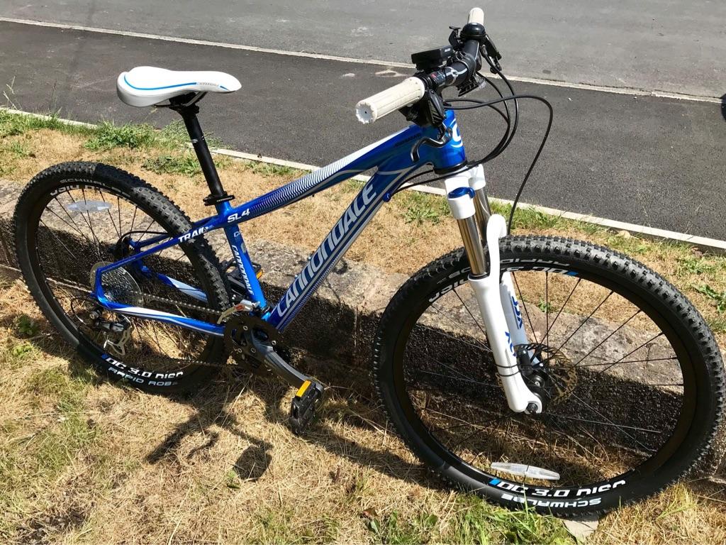 Cannondale SL4 trail mountain bike 14inch frame 26inch wheel