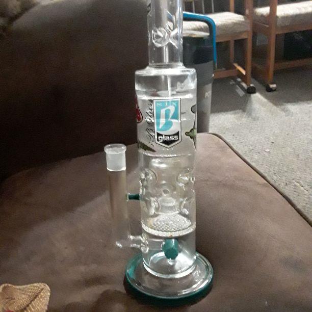 B glass multi chamber