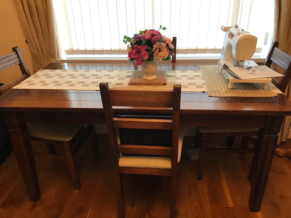 Dark wood dining : lounge furniture