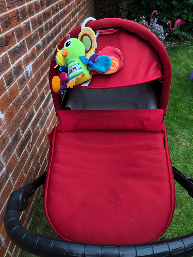 Babyjogger deluxe pram carrycot