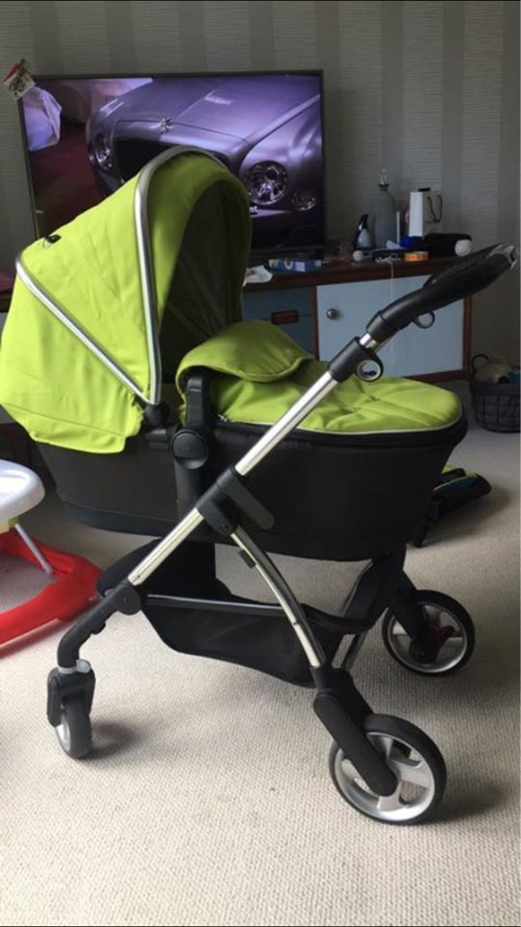 Silver Cross Wayfarer Pram & Bassinet - Lime Green - ACCEPTING OFFERS