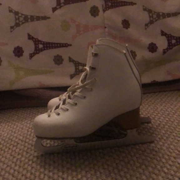 Official EDEA Ice Skates with New English Blades