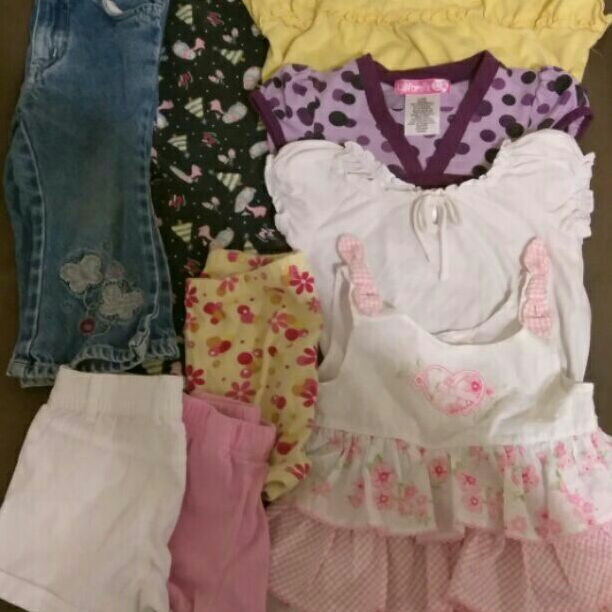 Baby girl clothes size 24 months