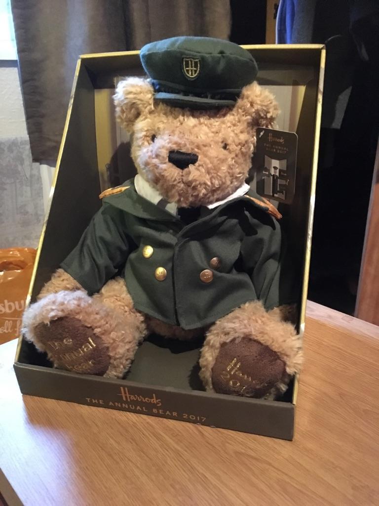 Harrods 2017 bear
