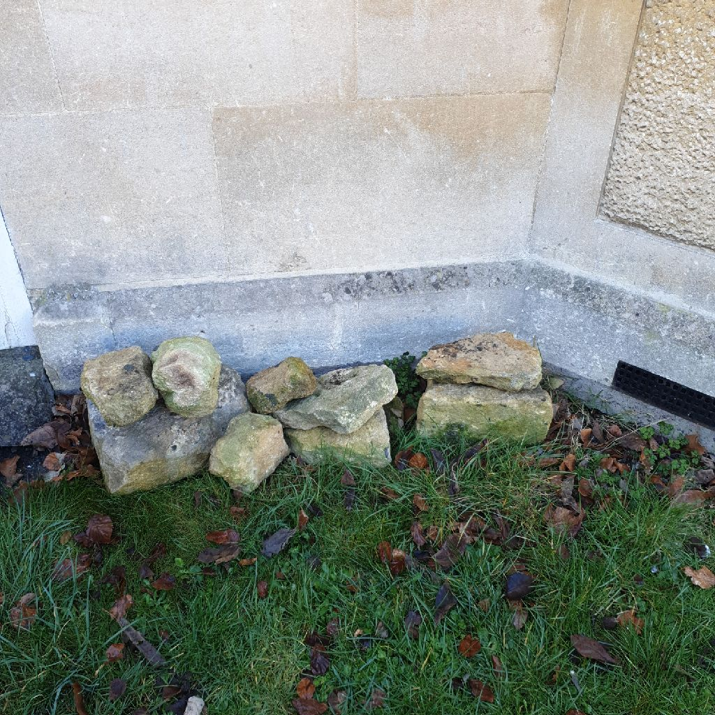 Bath stone suitable for rockery