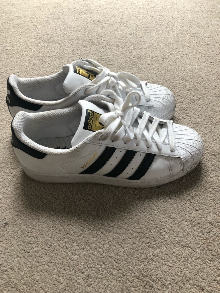 Trainers size 7 woman's