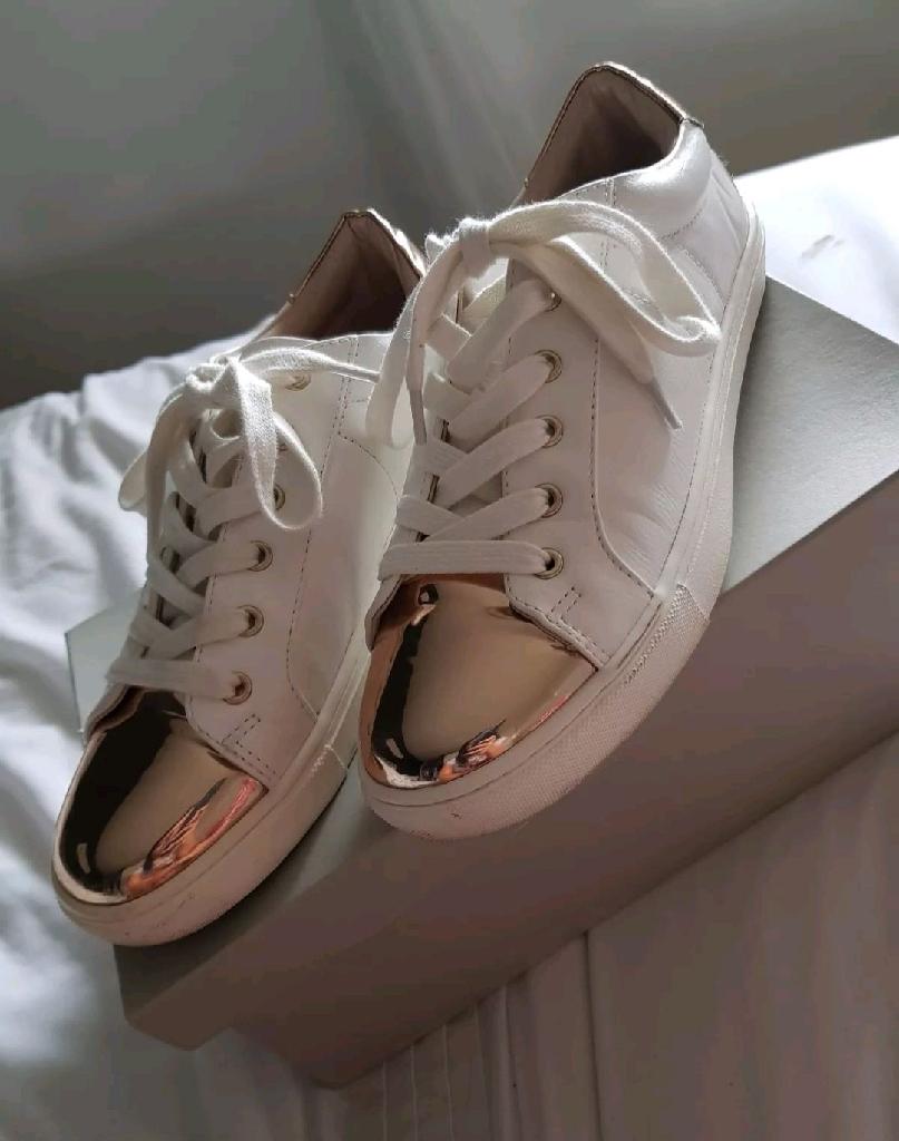 Ladies white kurt Geiger trainers size 5