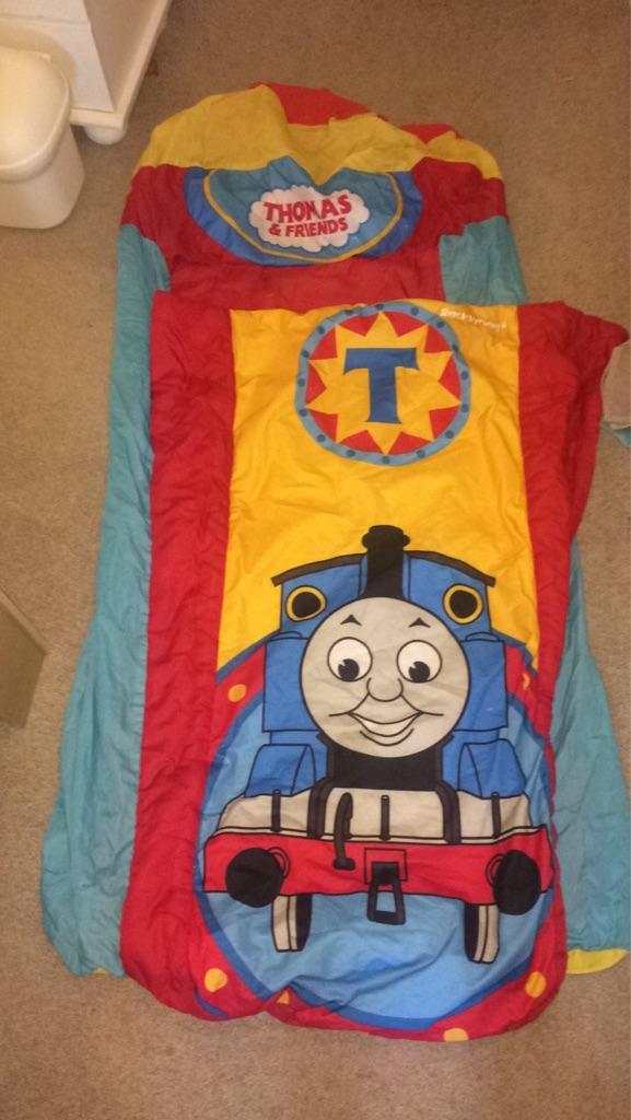 Thomas the tank engine ready bed