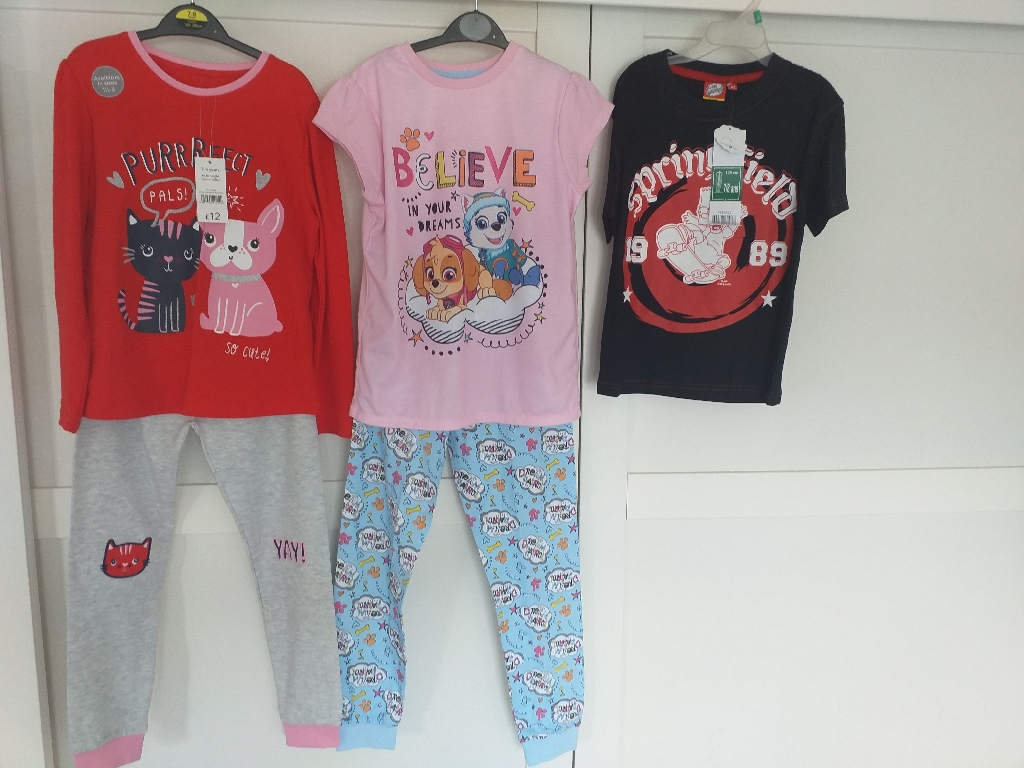 Girls bundle clothes,Age 7-8 years. Condition is New with tags. 5 items.
