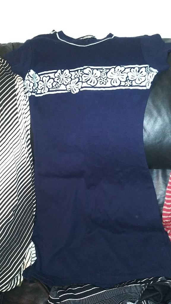 200 PIECES OF BRAND NEW CLOTHES.  BUY SOME OR BUY THEM ALL AT A GREAT PRICE.
