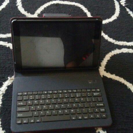 Hp table w keyboard