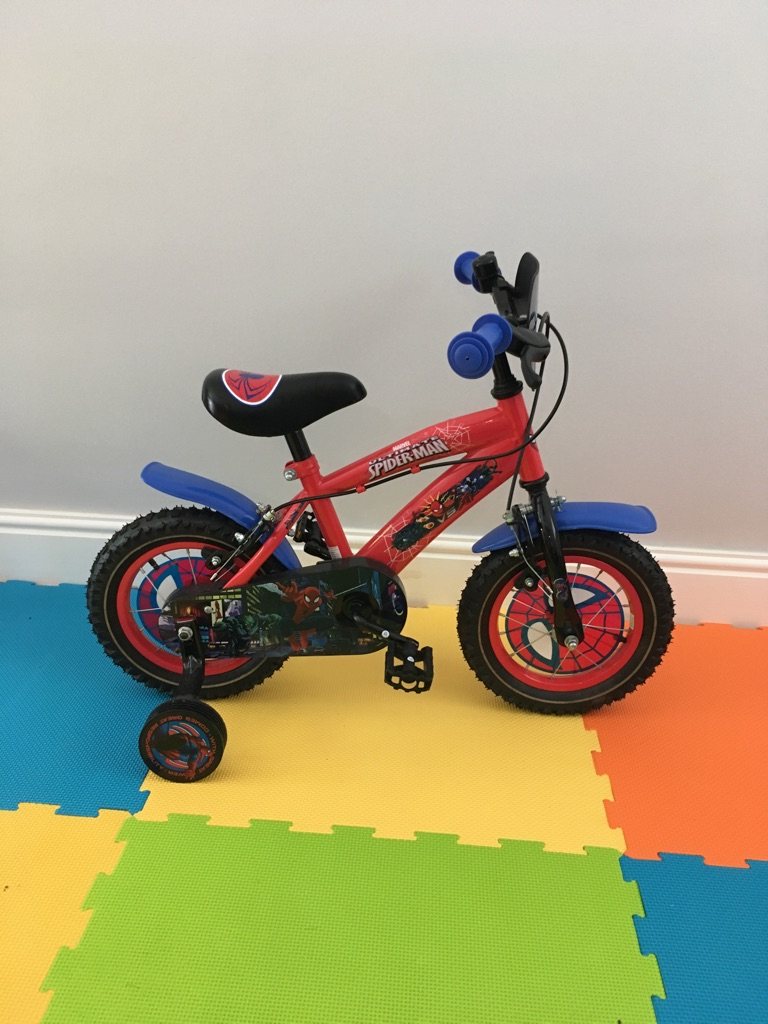 Superman 12inch bike with training wheels