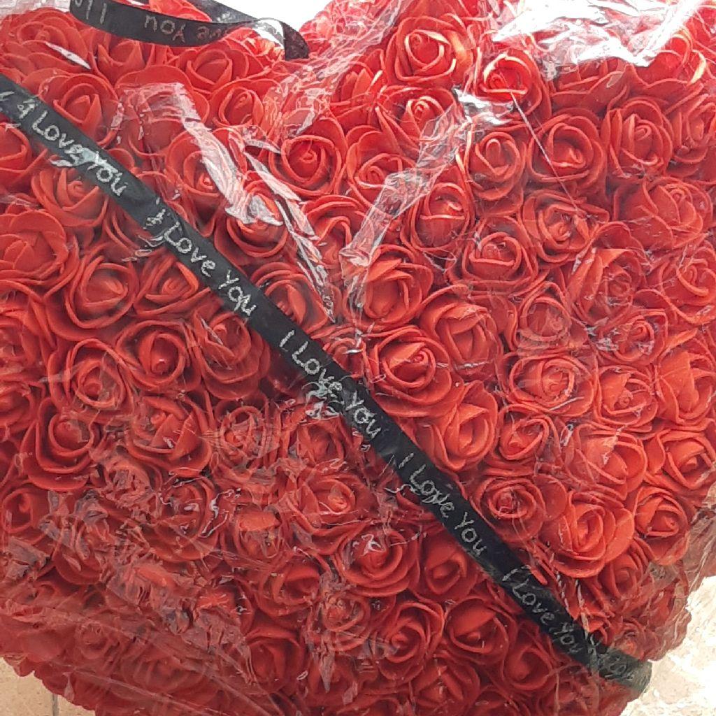 Foam rose heart