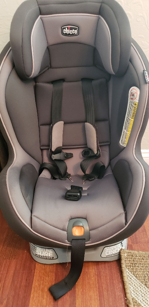Chicco Nextfit Convertible Carseat