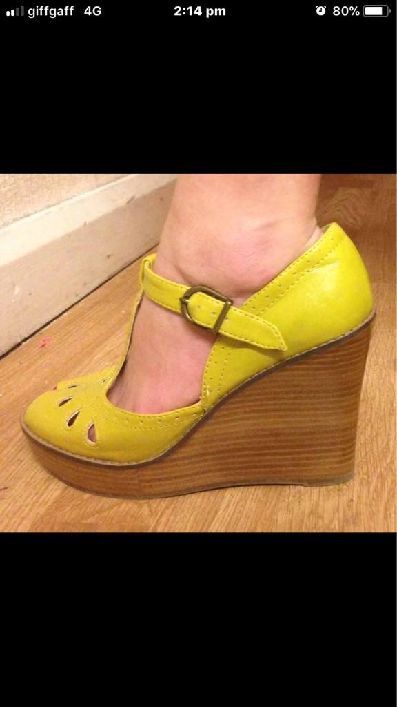 Size 4 vintage shoes