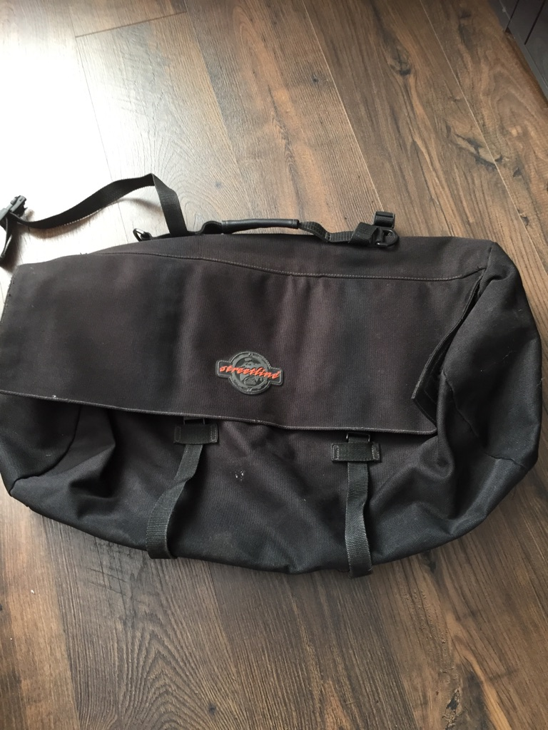 Streetline large roll bag for motorcycle