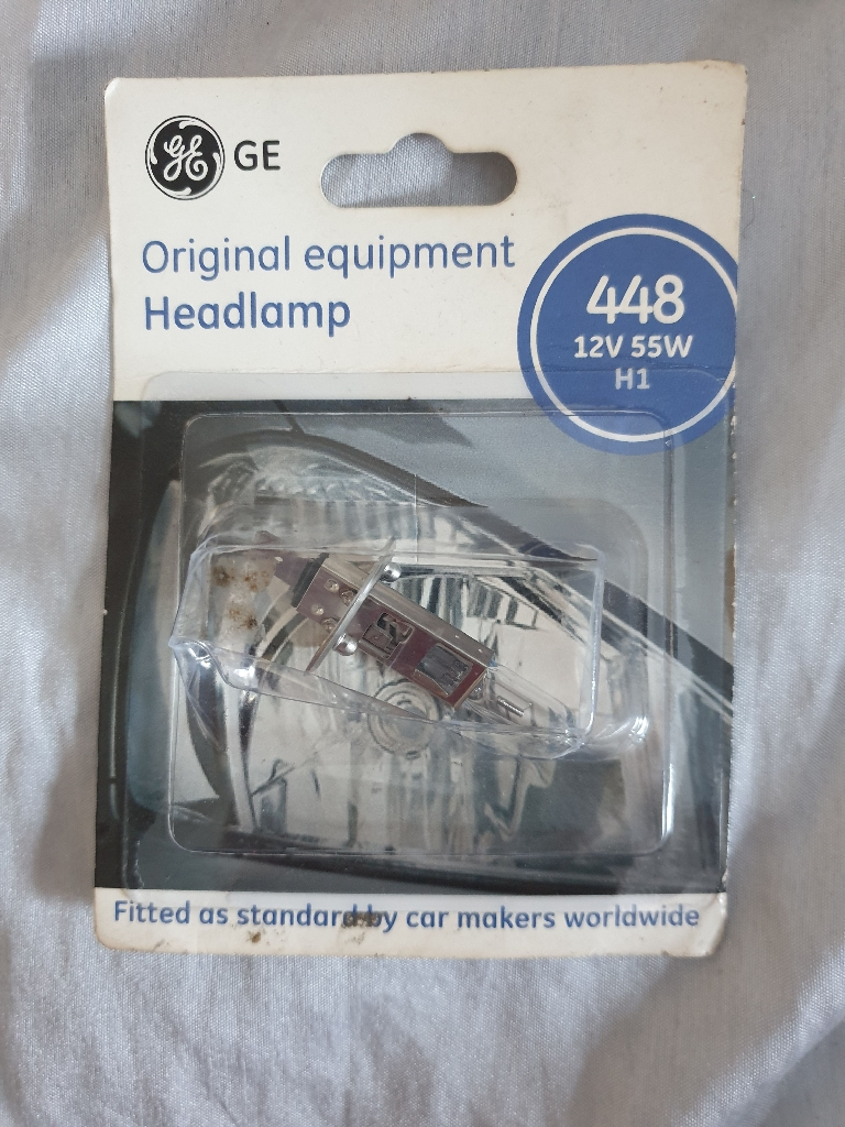 Car headlamp bulb
