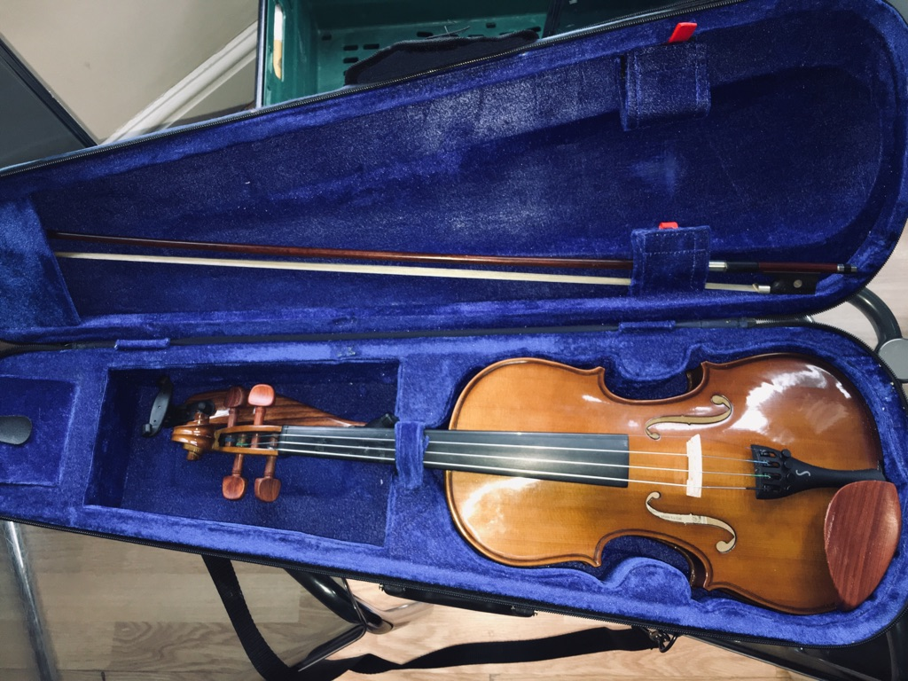 Stentor Student Violin, great condition!
