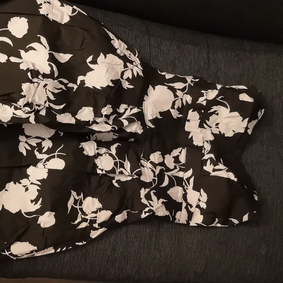 Black boobtube floral print dress