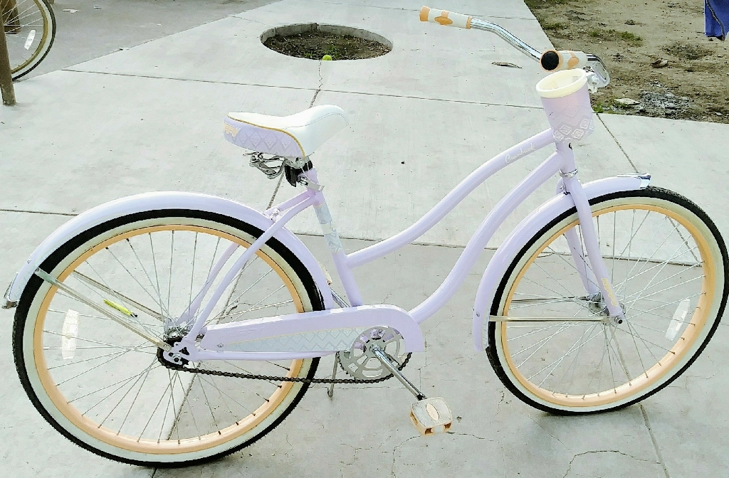 "26"" Huffy Cranbrook Women's Cruiser Bike, Lilac"