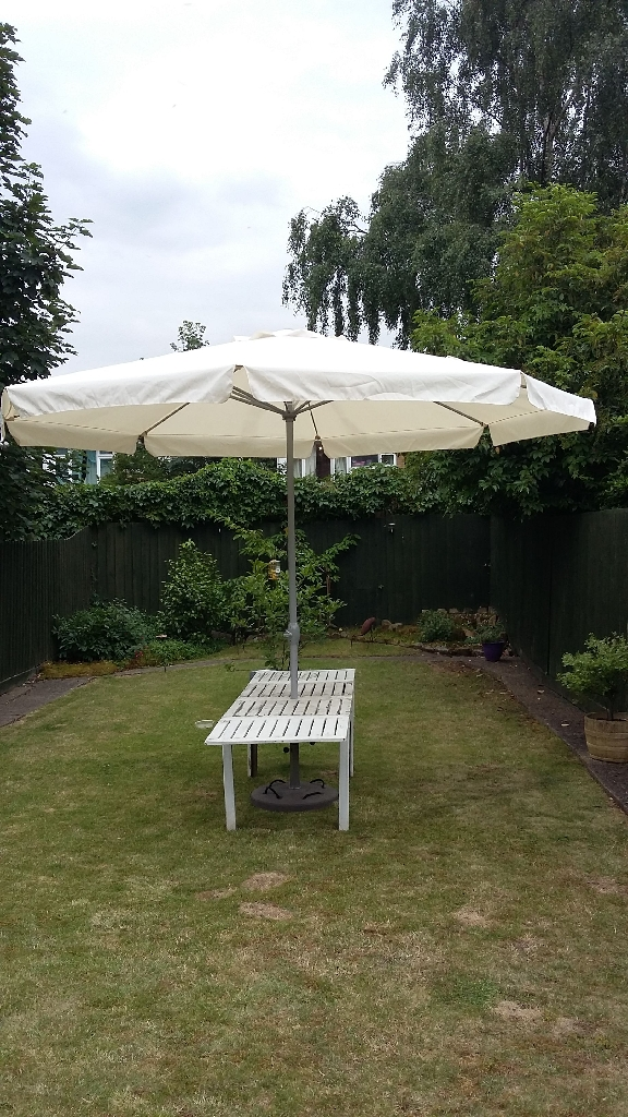 Large umbrella and stand