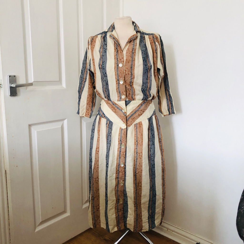 Women's striped vintage dress By billy jack size 12/14