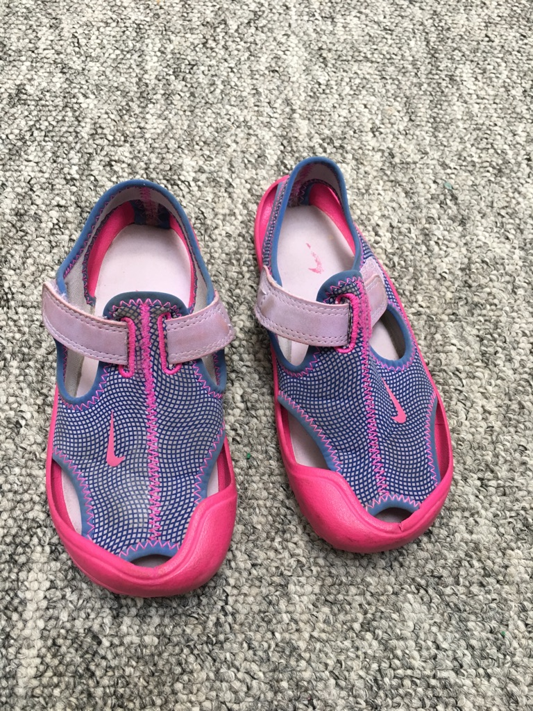 Nike sunray protect sandals for kids size 11.5