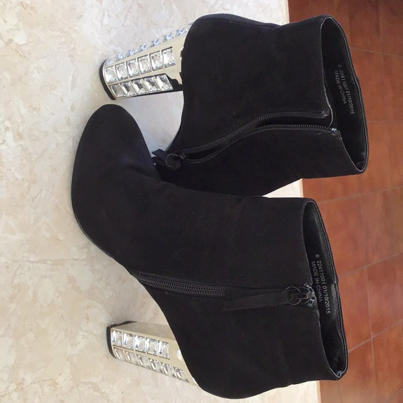 LADIES BLACK SUEDE FEEL ANKLE BOOTS SIZE 6
