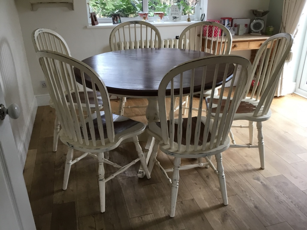 Laura Ashley Bramley Cream Round Table and 6 matching Chairs