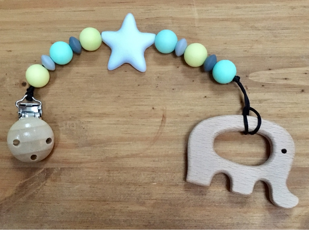 Dummy clips and teething necklaces