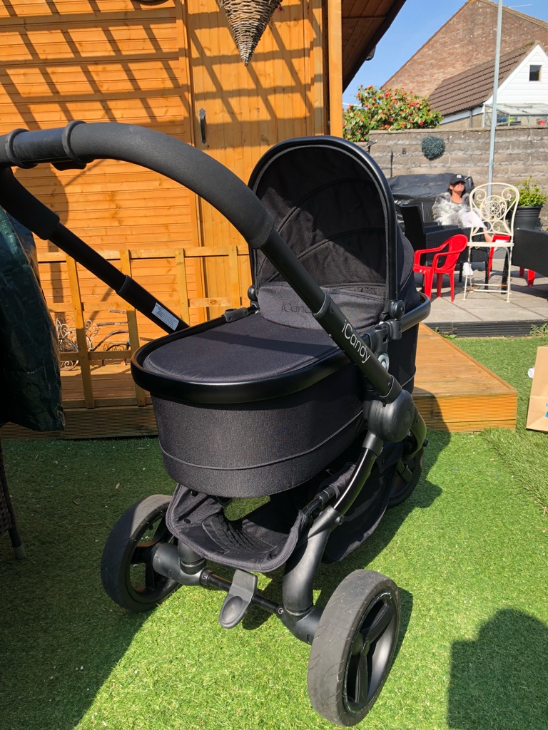 Icandy pram/carrycot