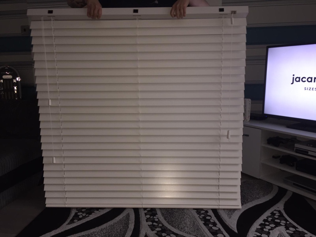 Wooden blinds really good condition