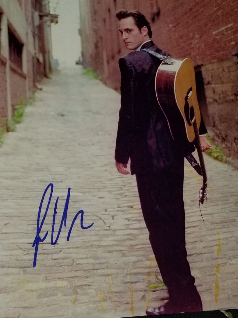 JOAQUIN  PHONIX  AUTOGRAPHED  PHOTO