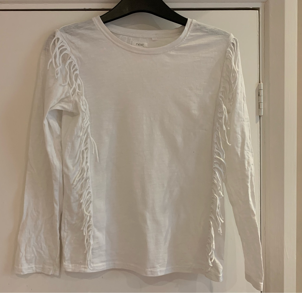 Girls white long sleeve T-shirt 10 years