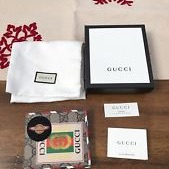 Gucci wallet (new)