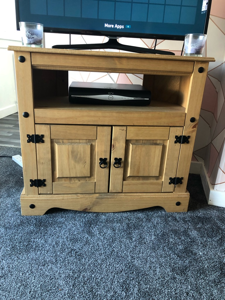 Corona livingroom furniture