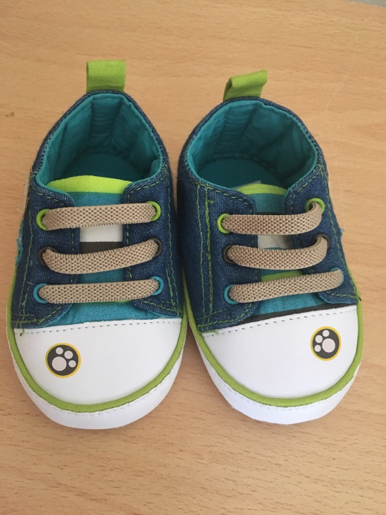 Boys shoes (0-3 months)