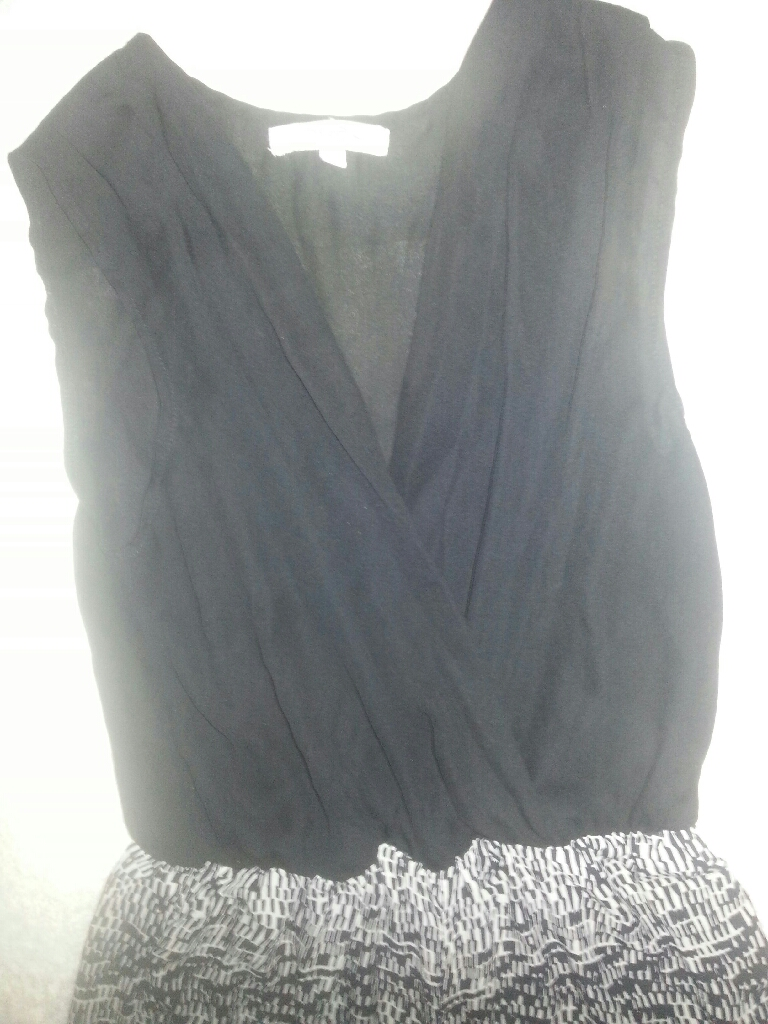 Ladies size 10 jump suit for all styles