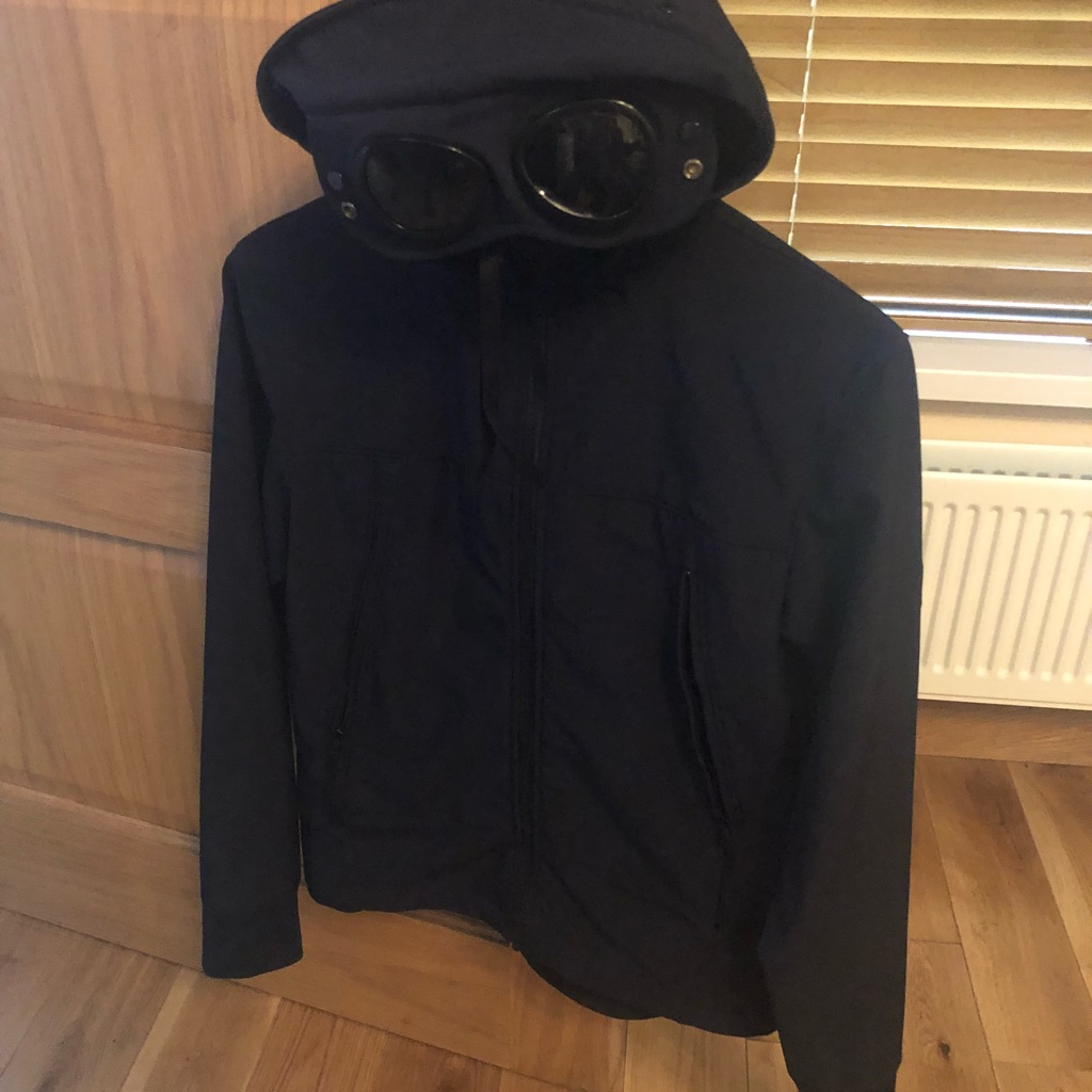 CP coat for sale like new size small mans