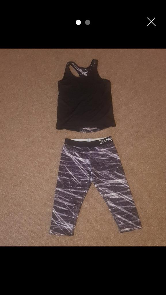 Sports leggings and racerback top