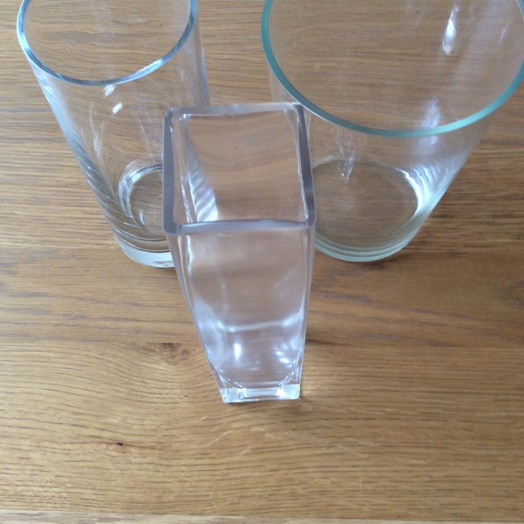 3 flower vases glass