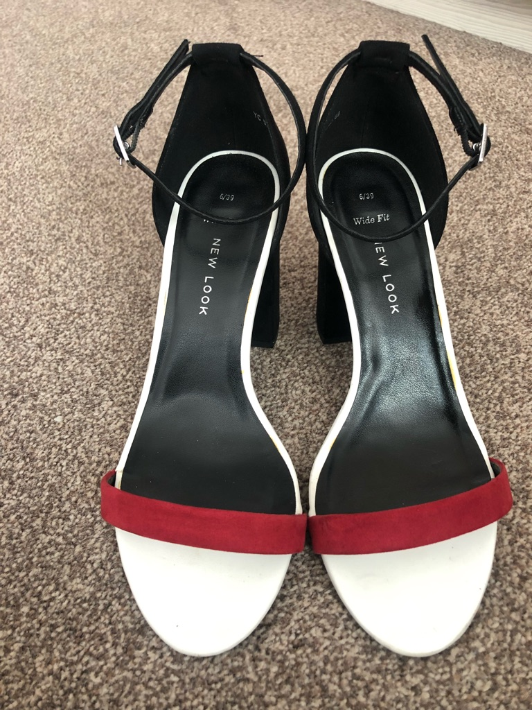 Size 6 shoes / Heels