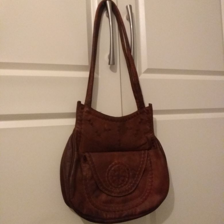 Authentic leather fully lined bag